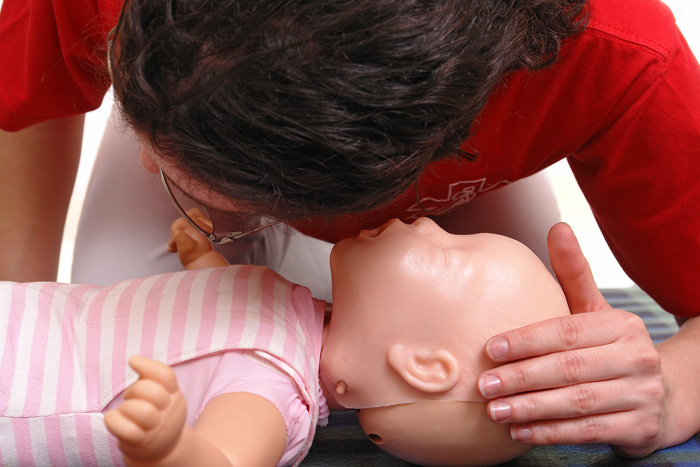 CPR and First Aid Certified Nanny